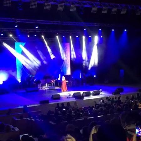 Sunny Girl☀️☀️☀️ on Instagram Концерт🎵🎤🎶 певицы Жасмин @jasmin в Сочи 🌴 Жасмин Берегите родных 🎶🙏🏻🎶 концертЖасминвСочи🌴 27092018 127908