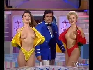 Mediaset Extra - Colpo Grosso. Стриптиз. Много голых девушек. Большие сиськи. Публичное обнажение. Частное домашнее порно (132)