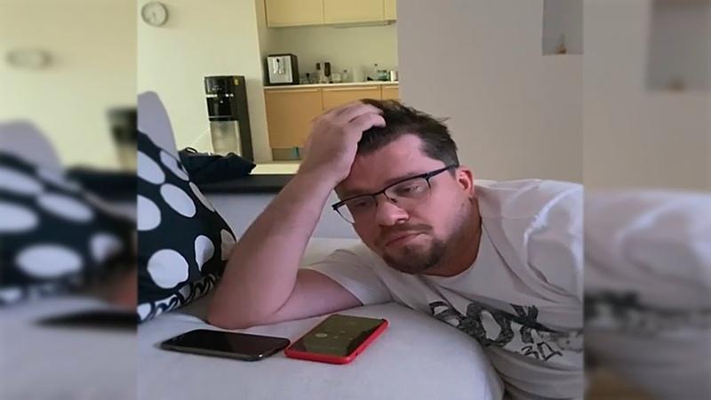 Гарик Харламов довел телефонного мошенника до истерики Полное видео