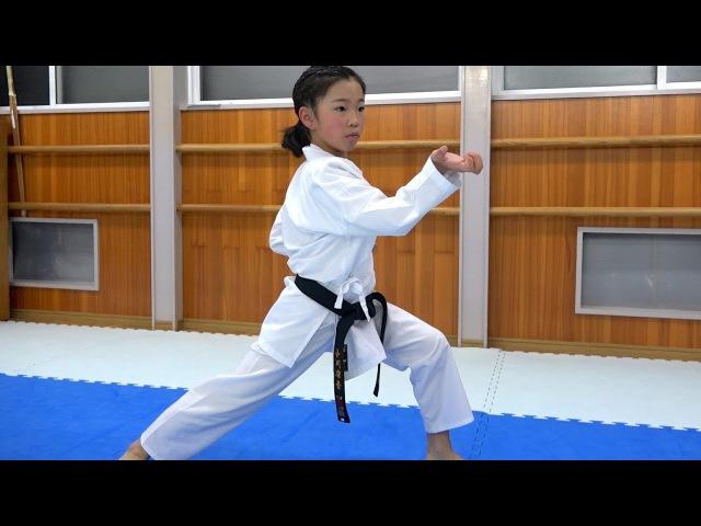 青森の空手少年少女たちのエンピ!Kata Empi by Aomori Karate boy and girl