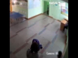 Избили толпой семиклассника