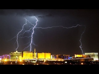 Невероятное грозовое явление в Лас-Вегасе, дождь , молнии, гром США