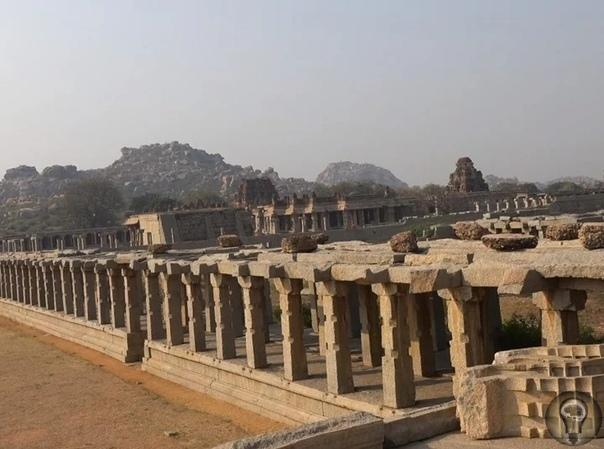 Удивительные мегалиты на месте древней и величественной столицы Виджаянагарской империи