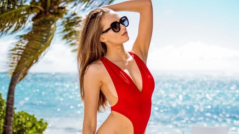 Pornstar Stacy Cruz