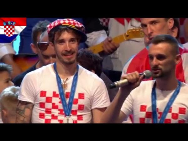 LUKA MODRIC zapjevao svi igrači se obratili navijačima na dočeku u Zagrebu Croatia