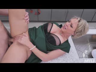[Mylf] Dee Williams - Stuffing Her Thanksgiving Pussy  casting, anal, big tits, squirt, big ass, crempie, booty