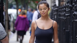 Demi Rose Mawby - Laser Eye Surgery | Optical Express