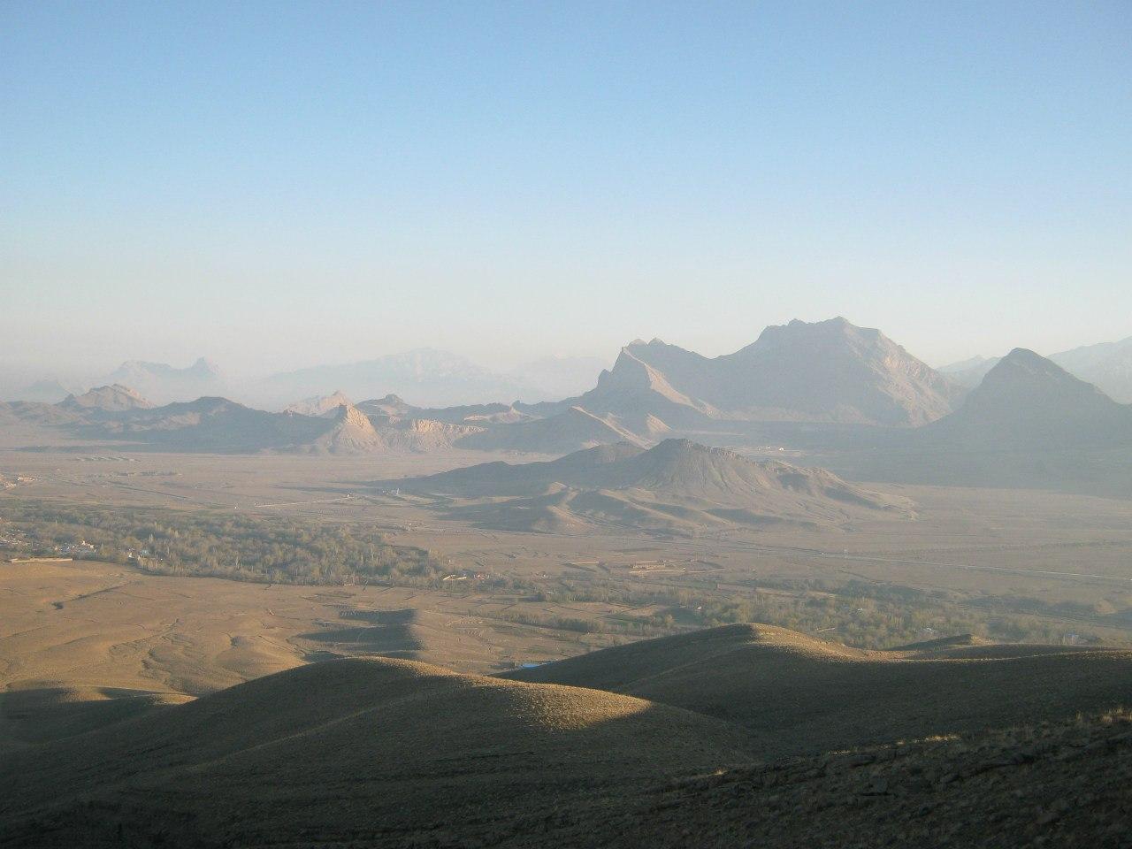 горы близ Машхад-е Ардахал