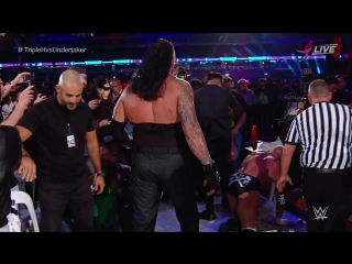 The Undertaker (с Kane) vs. Triple H (с Shawn Michaels) Super Show Down