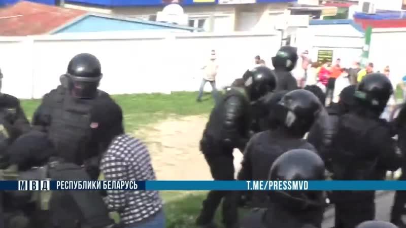 ⚡️Во время протеста школьник бросал камни в ОМОН Возбуждено уголовное дело
