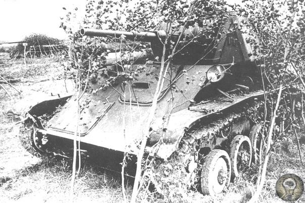 Т-70: от Сталинграда до Курской дуги Легкий танк Т-70 появился на фронте в самый разгар тяжелых боев 1942 г. и стал вторым по массовости советским танком Великой Отечественной войны. Начальный