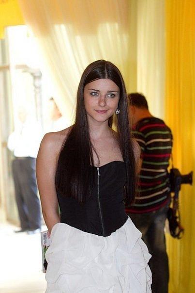 Анастасия сиваева фото с косичками