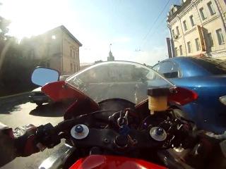 Погоня Мотобат против CBR600RR! ДПС ПРОТИВ МОТО! Мотоциклы и мотоциклисты | Yamaha | Ktm | Honda | Suzuki | Ducati | Bmw | Kawasaki | Стантрайдинг | Трюки | Слет | Дрифт | Прохват | Дтп | Прикол | Мото | Гонки | Драг | Спортбайк | Драка | GoPro |