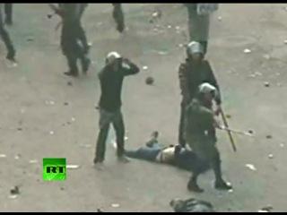 Shocking Video: 'Blue bra' girl brutally beaten by Egypt military