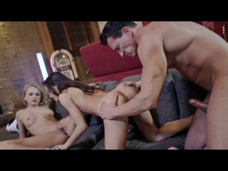 Private Gold 157 - College Whores / Шлюхи Из Колледжа (Ivana Sugar, Sophie Lynx) [2013 г., Gonzo, Threesome, Anal, A2M, DP, Facial, Creampie, Split Scenes, VOD]