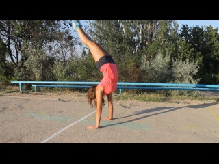 Girl's street workout