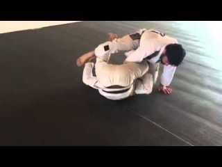 Tarsis Humphreys teaches one of his most used sweeps