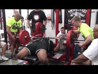 Monster_garage_gym__monster_bench_press_challenge_june_27_2010
