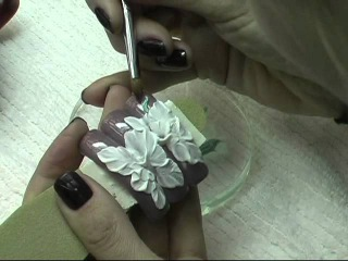 """3D-дизайн ногтей """"Лилии"""""""