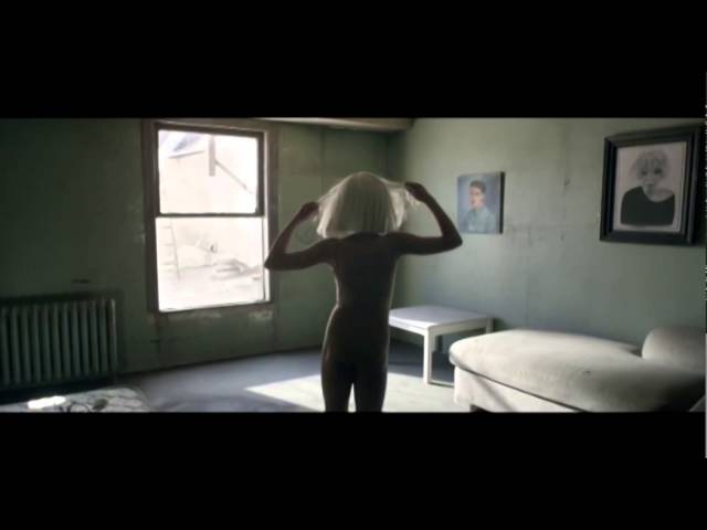 Musicless Musicvideo SIA Chandelier