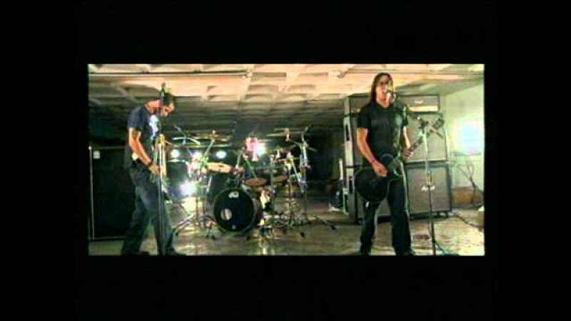 Qbo - Desvanecer (Video Oficial)