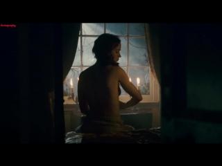 Эмили Блант (Emily Blunt) голая в фильме Человек-волк (2010)
