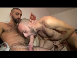 [eric videos] rocco xxl and olivier load a whore together
