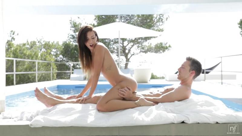Gina Devine, секс анал студентки жесткое домашнее orgy частное
