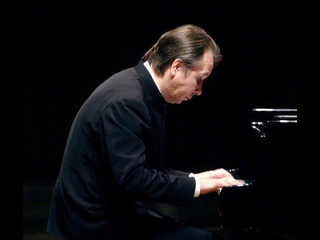 Mikhail Pletnev plays Chopin Piano Sonata no. 3 - live 1993
