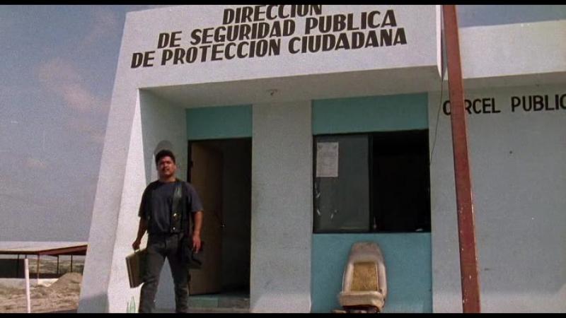 Музыкант 1993 Боевик триллер криминал Карлос Гальярдо Консуэло Гомес Хайме де Ойос Питер Марквардт