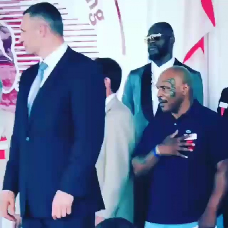 Три чемпиона! Виталий Кличко, Майк Тайсон и Деонтай Уайлдер в зале славы бокса 2018.