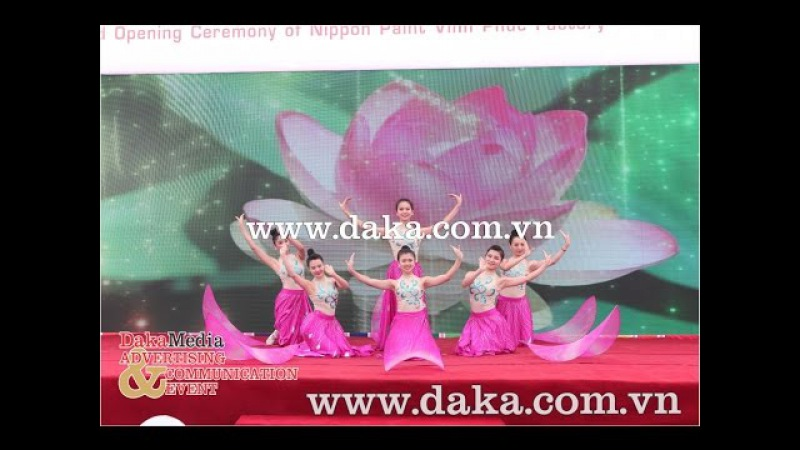Múa hoa sen Nippon Paint Viet Nam