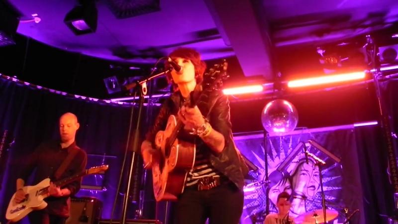 Jill Jackson - Ill Never know Get my love (at L Beach 2012)