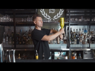 5 best pours for beginner bartenders to look professional
