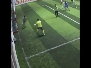 Финт из дворового футбола