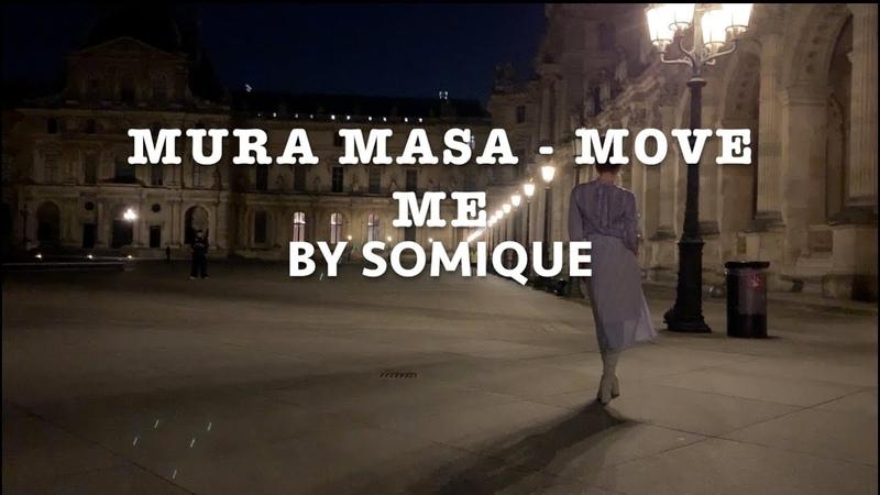 SOMIQUE dancing to Mura Masa Move Me