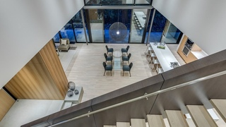Contemporary home by Black Fish Homes - 360hometours.ca Inc