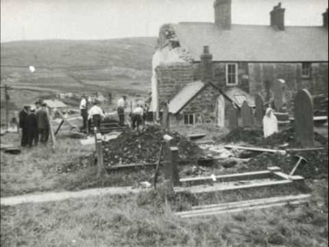 Capel Celyn - the drowning of a village| History Porn