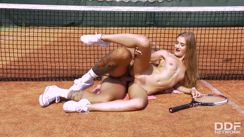Tania amazon naked tennis #2