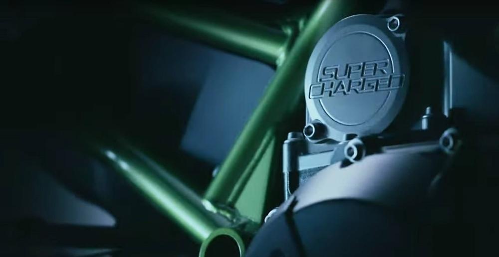 Второй тизер нового заряженного мотоцикла Kawasaki Z-серии (видео)