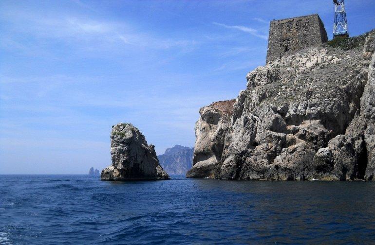 Острова Ли Галли. Италия, изображение №4