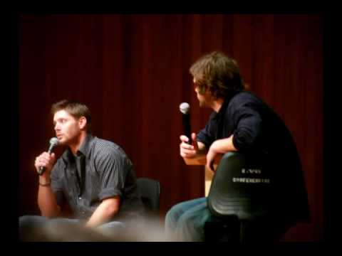 Jensen Ackles and Jared Padalecki get asked about their Texan Accent at the AHBL Con