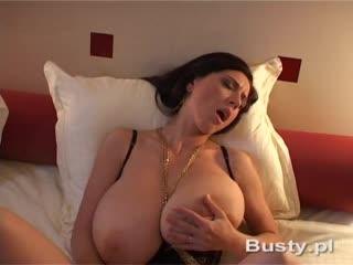 Merilyn sakova anya zenkova молодая красавица с огромной грудью