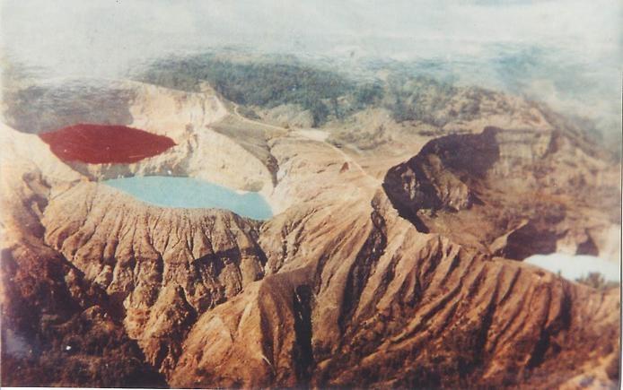 Цветные озера Келимуту, изображение №3