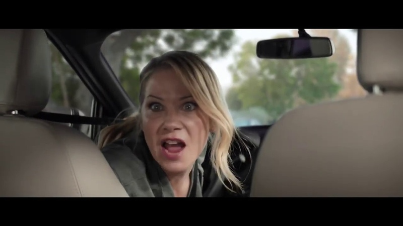 M M'S Chocolate Bar 'Bad Passengers' NEW Commercial featuring Christina Applegate HD