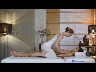 cindy shine, charlie red (redhead gives petite woman massage) [face sitting, licking, lesbian, 69, oil]