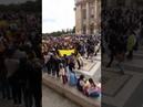 Viva el Ecuador libre abajo la dictadura