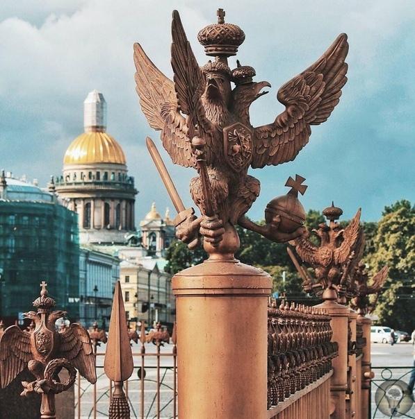Тайна трёхглавого орла в допотопном Петербурге.