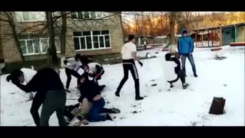 Ж СТКИЙ ЗАБИВ ОКОЛОФУТБОЛА 360p mp4