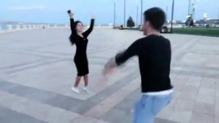 Девочка Не Путай Шалахо С Ламбадой